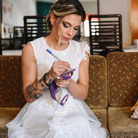 Wedding photographer Sam Tziotzios (timenio). Photo of 27.10.2017