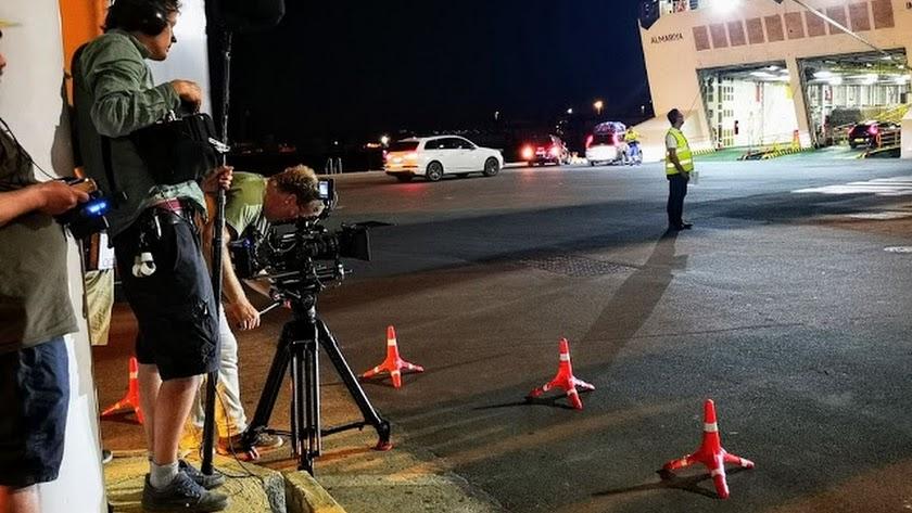 El rodaje del telefilme holandés \'King of the road\' en el Puerto de Almería el pasado julio.