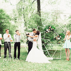 Wedding photographer Vitaliy Belozerov (JonSnow243). Photo of 20.10.2017