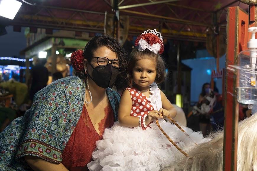 Laura y su hija Laura