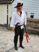 Photo: einer der Landsknechte, die vor 900 Jahren den Aufstand geprobt haben