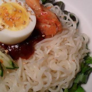 Korean Bibim Naengmyun (Instant Spicy Cold Noodles).
