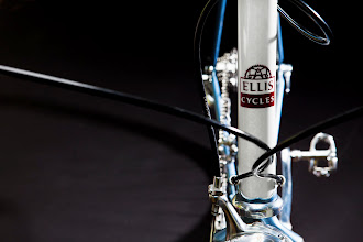 Photo: Look closely, you'll see the amazing subtle chainring stencils on the white head tube.
