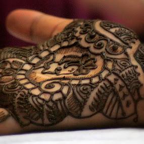 mehendi by Dhruv Ashra - Abstract Fine Art