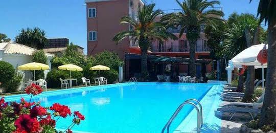 Angela Hotel & Apartments