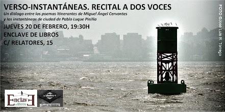 Photo: 20 de febrero de 2014. Enclave de libros. Recital con Miguel Ángel Cervantes.