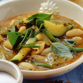 Vegetarian Broth with Beans and Pasta