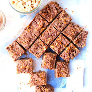 Raw Chocolate Peanut Butter Protein Bars