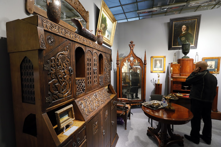 42nd Russian Antique Salon in Moscow