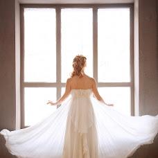 Wedding photographer Olga Meshkova (Savi). Photo of 23.04.2015