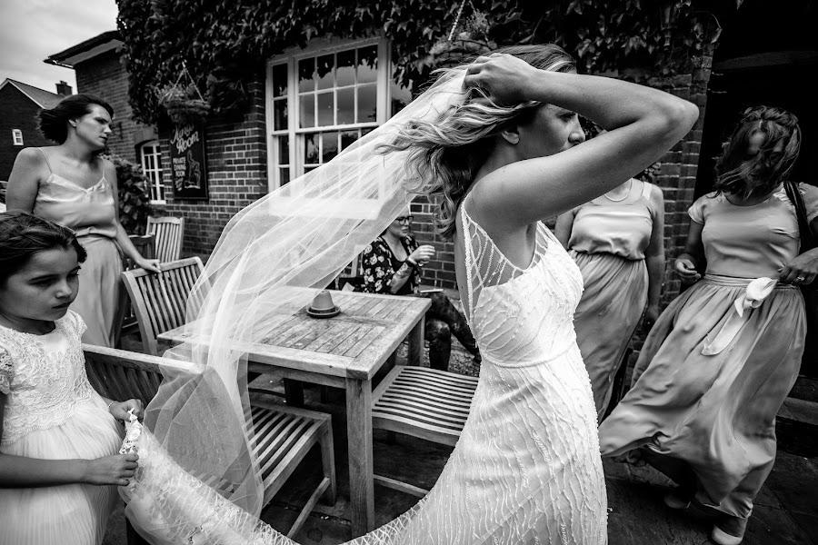 Wedding photographer Verity Sansom (veritysansompho). Photo of 14.09.2016
