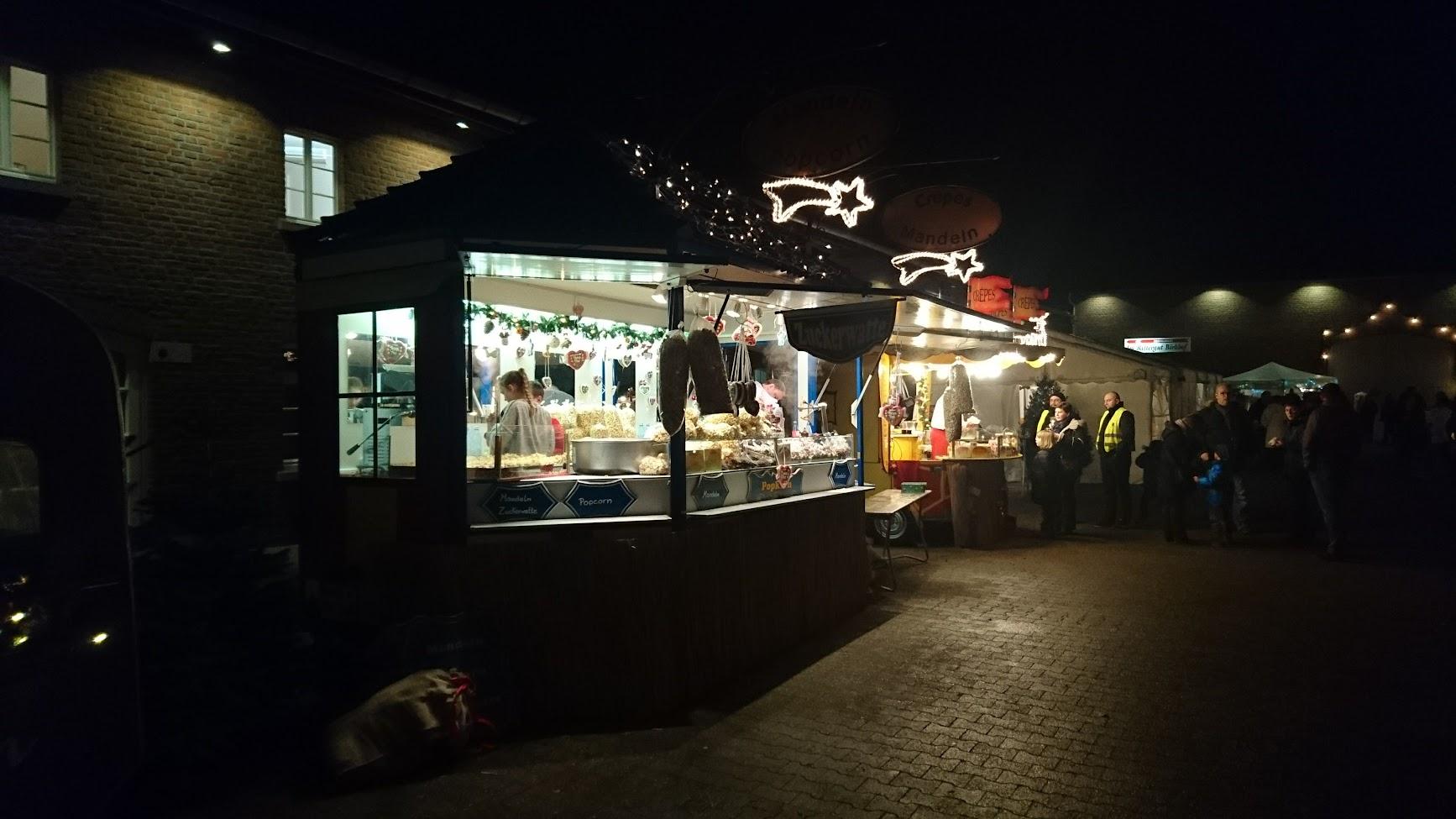 Historischer Weihnachtsmarkt Rittergut Birkhof Süßigkeiten
