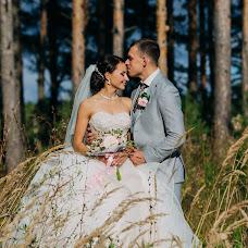 Wedding photographer Aleksey Denisov (chebskater). Photo of 02.10.2017