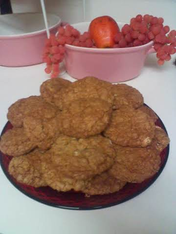 AGGIES APPLE OATMEAL WALNUT RAISIN COOKIES