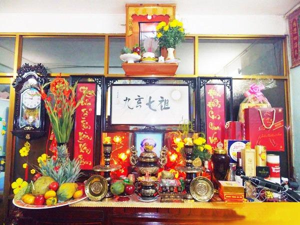 Trang trí bàn thờ người Hoa