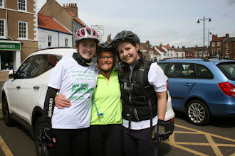 Photo: Mandy Thompson's daughters Lucy & Katy with Mandy's best friend Wendy