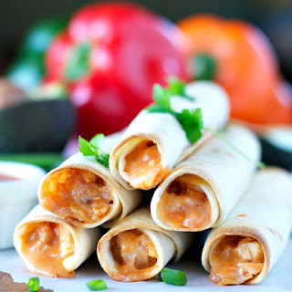 4-Ingredient Chicken Taquitos