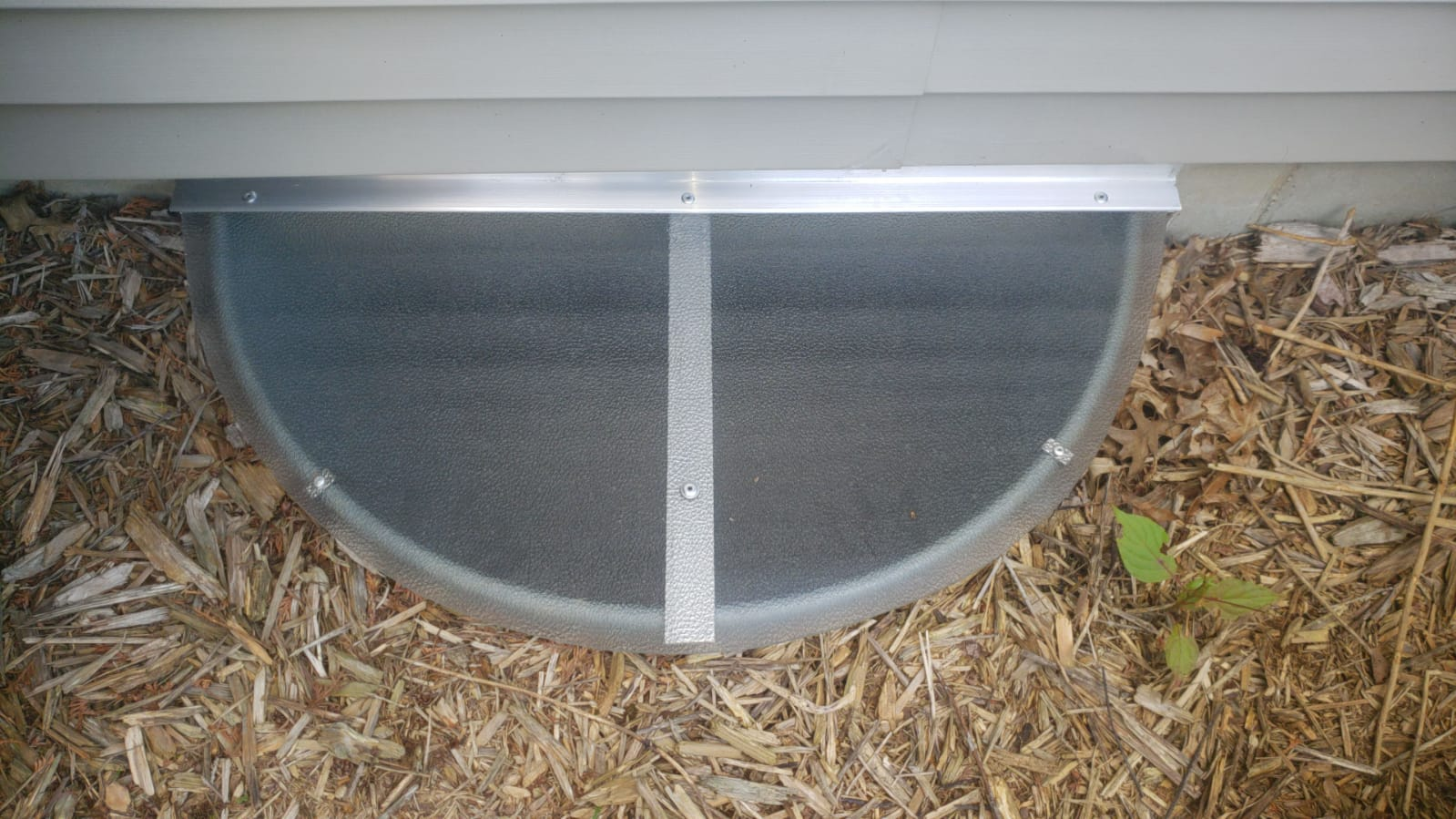 Wheaton, IL-HandyManny Custom Window Well Covers