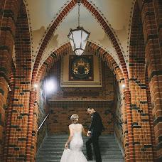 Wedding photographer Vitaliy Shmuray (shmurai). Photo of 07.02.2018