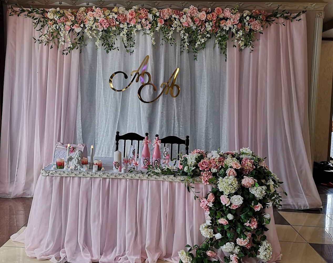 сказка современное оформление свадебного зала фото спуска конечно