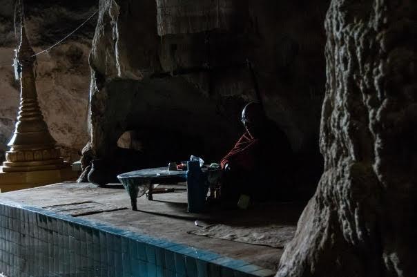 Htat Eian Caves