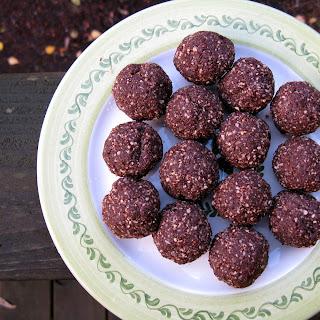 Cocoa Mint Holiday Truffles
