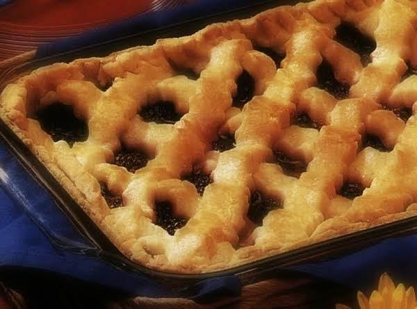 Black & Blue Berry Pie