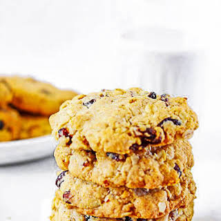 Gluten-Free Vegan Oatmeal Cranberry Cookies.