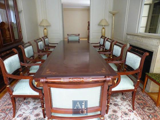 Location appartement meublé 6 pièces 227 m2