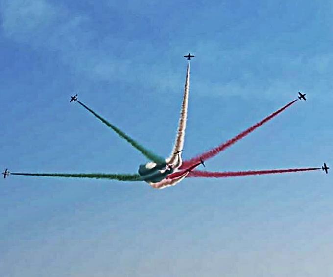 La leggerezza spettacolare delle frecce tricolori di ladys_photo