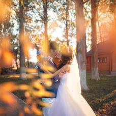 Wedding photographer Natalya Astakhova (AstiN). Photo of 07.10.2014