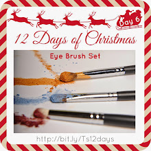 Photo: Thea's #Younique 12 Days of Christmas - Day 6  SHOP YOUNIQUE BY THEA: http://bit.ly/youbythea   #theas12days #youniquebythea  #eyebrushset #12daysofchristmas  #theateam  #teamthea  #12daysofxmas  #makeupproducts