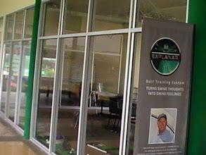 Photo: สอนกอล์ฟ : Real Golf Academy ที่ สนามไดร์ฟกอล์ฟท๊อปคลาส ชั้น 2 สอบถามเพิ่มเติมได้ครับ ที่ โปรแม่น 081 801 9188 http://realgolf.in.th/
