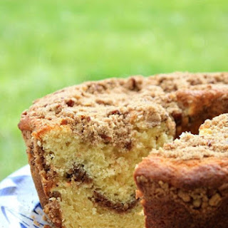 Sour Cream Coffee Cake With Pecan Streusel Topping