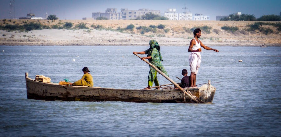 fisher family by Roshan Tabasum - People Professional People ( jobs, indus river, fisher family, fisher )