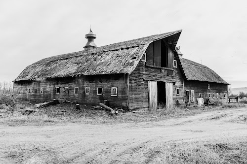 Majestic Barn by Jim Talbert - Black & White Buildings & Architecture ( agriculture, ranch, canon 5d mkiv, barn )