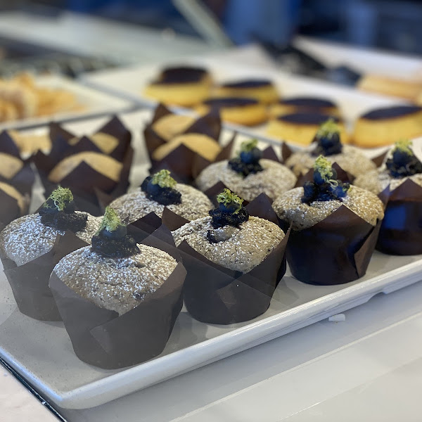 Muffins (lactose free available)