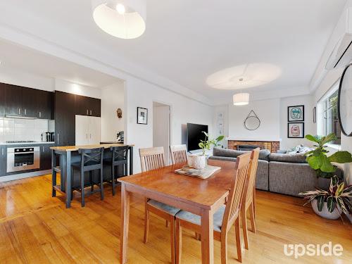 Photo of property at 2/574 Upper Heidelberg Road, Heidelberg 3084