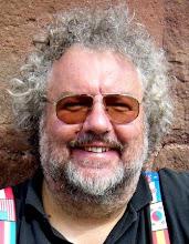 """Photo: Dr. Peter Bilsing, Herausgeber des """"Opernfreundes"""", besuchte mit seiner Famile Wien (Juli 2010)"""