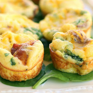 Baby Egg and Bacon Frittatas with Gouda Cheese.