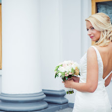 Wedding photographer Margarita Pivovarova (margarita1). Photo of 06.05.2013
