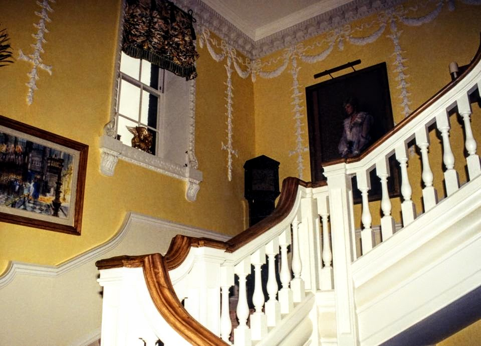 Under Diana S Ownership The Walls Were Daffodil Yellow With Bright White Trim