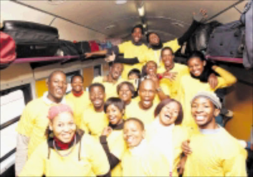 20090629VNH.      AND WE'RE OFF: The 16 young people  of Sinothile Productions exstatic as the departed at Johannesburg for the National Arts Festival in Grahamstown where they will be performing their play called Home Sweet Home.PIC: VELI NHLAPO.29/06/2009. © SOWETAN