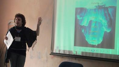 Photo: Elaine explains the stammering 'Iceberg'