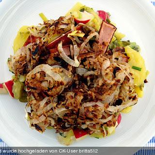 Biergarten - Salat mit Fleischkäse