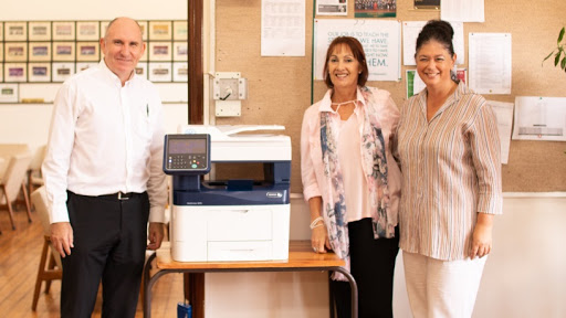 From left: Dirk Le Roux (XDN Office, Xerox), Dr Andri Barnes (headmistress) and Colleen Stopforth (bursar).
