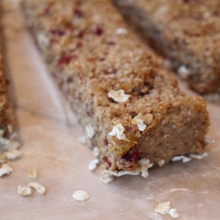 Overnight Oatmeal Raisin Bars Recipe
