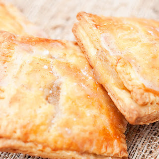 Homemade Apple Pie Pop-Tarts