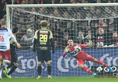 UPDATE: KV Kortrijk lost keeperstekort op en huurt doelman Jakubech nog een jaartje
