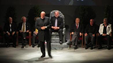 Photo: Richard Wagner-Festival Wels 2012. Bühnenabschied von Hans Sotin. Matti Salminen bei seinem Auftritt. Foto: Dr. Klaus Billand